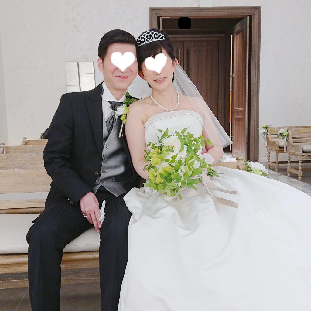 小さな結婚式の新婦用の小物の説明用の写真
